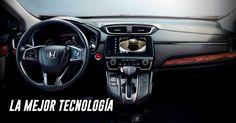 Disfruta del poder de la tecnología.  Con un tablero de instrumentos totalmente digital**, tendrás la información que necesitas a simple vista. Podrás ver funciones como computadora de viaje, manos libres, consumo y rango de combustible, entre otras. Mantenerte conectado es imprescindible. Por ello, la innovadora tecnología de la CR-V garantiza máxima sincronía vía Apple CarPlay®, Android Auto® y HandsFreeLink con tecnología Bluetooth®. #IncomparableCRV 2017