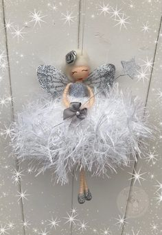 Beaded Christmas Ornaments, Christmas Fairy, Christmas Decorations To Make, Christmas Angels, Christmas Crafts, Fairy Crafts, Angel Crafts, Doll Crafts, Diy Doll