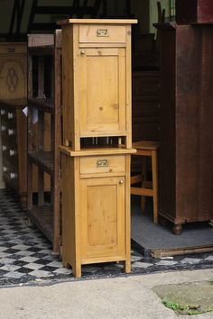 pair-of-european-bed-side-cabinets