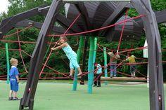 Parques infantiles... monstruosos!