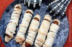Mommy's Kitchen: Halloween Mummy Dogs