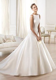 Satin ball gown with square armholes and back // Ontairo from Pronovias