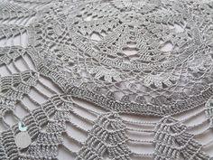 Lady with crochet: Serwetka z piórkami / Crochet doily