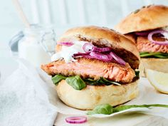 Salmon Burgers, Tapas, Food And Drink, Ethnic Recipes