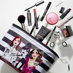 Famed illustrator Izak Zenou has created a spin on the quintessential Sephora woman for our new SEPHORA COLLECTION bags