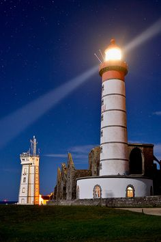 Lighthouses of Iroise. Phare de la Pointe St- Mathieu. by Brestitude, Brittany