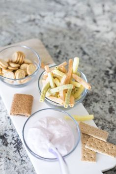 The best list of toddler snack ideas! A bunch of moms came together to create this list of toddler snack ideas. The best blueberry protein is one! Toddler Snacks, Kid Snacks, Toddler Fun, High Protein Snacks, Healthy Snacks, Club Crackers, Fig Bars, Super Healthy Recipes, Delicious Dinner Recipes