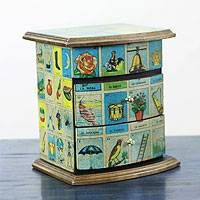 """""""Mexican Loteria"""" Mexican Bingo Decoupage on Wood Jewelry Box . Loteria cards can be found at Latin groceries. Loteria Cards, Decoupage Wood, Gift Card Boxes, Bazaar Ideas, Bingo, Painted Boxes, Mexican Art, Crafty Craft, Cool Diy"""
