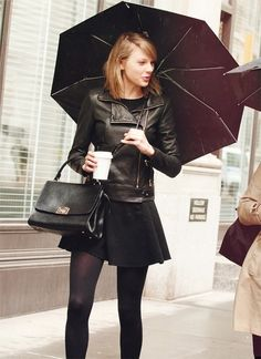 LOVING Taylor's NYC style! <3 New York, March 29th 2014.