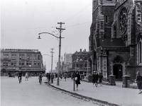 Pedestrians in Cathedral Square, looking up Colombo Street north, Christchurch 1930 Christchurch New Zealand, City Library, Canterbury, Pedestrian, What Is Like, Looking Up, Cathedral, Street View, History