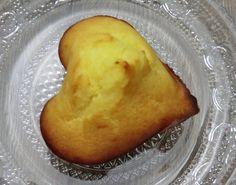 De délicieux petits muffins à la fleur d'oranger   sortent du four, moelleux à souhait!   Plus simple à faire ce n'est pas possible!   Je...