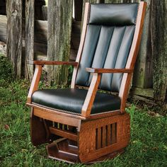 🌟Marlborough Swivel Amish Glider with Platform Base 🌟 An array of upholstery fabrics are available for this Amish living room furniture, including a leather chair upgrade. A cushioned or custom laser engraved head rest cradles your neck and head, allowing you to relax with proper posture, while a platform base adds a regal appearance. #amish #amishfurniture #wood #woodfurniture #handcrafted #handmade #highquality #livingroom #livingroomfurniture #swivelchairs #gliderchairs #customwood Diy Living Room Furniture, Man Cave Furniture, Diy Furniture Decor, Amish Furniture, Fine Furniture, Furniture Projects, Furniture Makeover, Living Room Decor, Handmade Wood Furniture
