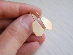 Gorgeous gold geometric earrings.