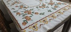 Linen Tablecloth, Tablecloths, Quilts, Blanket, Bed, Table Toppers, Stream Bed, Burlap Tablecloth, Table Covers