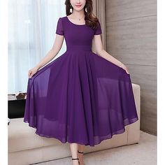 Slim Solid Color Chiffon Short-sleeved Dress is cheap sale on newchic, pick chiffion dresses and show your beauty now. Long Dress Design, Dress Neck Designs, Designs For Dresses, Long Gown Dress, Chiffon Dress Long, Indian Gowns Dresses, Women's Dresses, Long Dresses, Frock Fashion