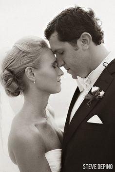 bride and groom, wedding portrait, bridal portrait, posing, black and white, wedding photography