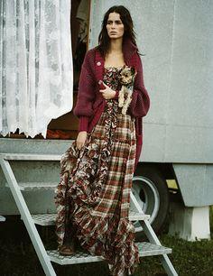 Photographer by Michael Sanders  Model - Nicole Trunfio  Original published in Elle Italy 2008 -Il Tempo Dei Gitani