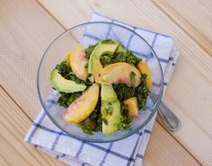 Kale, Avocado and Peach Salad with Creamy Sriracha Dressing