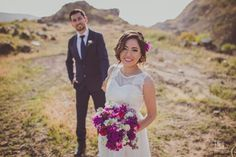 Sesión  #alanaguilarfotografo #weddingphotographer #weddingphotography #rutadelvino #bodasrutadelvino #valledeguadalupe #fullcolor Www.alanaguilarfotografo.com