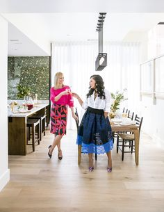 Killer cocktail party with Ayesha Curry and Amanda Haas: Photography : Thomas J. Story for Sunset Magazine Read More on SMP: http://www.stylemepretty.com/living/2016/10/21/these-food-stars-share-the-secret-recipe-for-a-killer-cocktail-party/