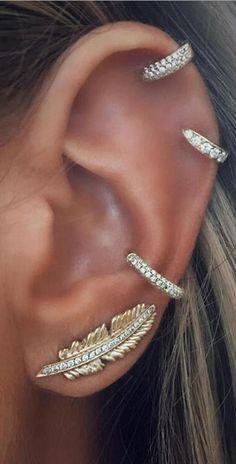 Piercing oreja helix products 45 ideas for 2019 Heart Piercing, Cute Ear Piercings, Rook Piercing, Ear Climber, Helix Earrings, Cute Cartilage Earrings, Cartilage Hoop, Heart Chain, Beaded Rings