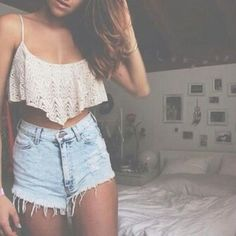 Crop Tops and High Waisted Shorts Hotpants Jeans, Denim Shorts, Ripped Shorts, Denim Top, Cutoffs, Ripped Denim, Lace Shorts, Spring Summer Fashion, Spring Outfits