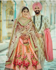 Wedding Function Outfits Inspiration for groom. Heavy floral embroidery or a minimal floral print sherwani for wedding outfit. Sikh Wedding Dress, Couple Wedding Dress, Punjabi Wedding Couple, Indian Wedding Couple Photography, Wedding Outfits For Groom, Indian Bridal Outfits, Wedding Sherwani, Wedding Suits, Wedding Attire