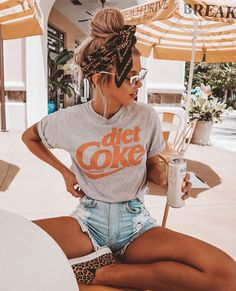 Fantastic Cost-Free 43 Summer Fashion 2019 Trends for Women Style On warm s . Fantastic Cost-Free 43 Summer Fashion 2019 Trends für Frauen Style On warm summer times, every bit of fabric on your skin is a bit too much. Much more. Summer Outfit For Teen Girls, Trendy Summer Outfits, Cute Casual Outfits, Summer Fashion For Teens, Outfit Summer, Autumn Outfits, Summer Fashions, Beach Outfits, Summer Fashion Modest