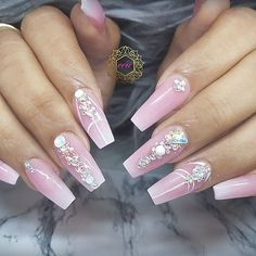The modern day bride to be. Beautiful & Blushing  #céunails  #junebrides   #babyboomer   #nailsofig  #BLING   #swarovski   #nailart   #nailporn   #868   #trininailtech#nailart