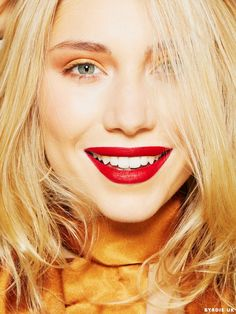 a40def37c2a5 You Can Wear a Red Lip With an Eye Look—And We Can Prove It