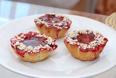 Čerešňové košíčky - Recept pre každého kuchára, množstvo receptov pre pečenie a varenie. Recepty pre chutný život. Slovenské jedlá a medzinárodná kuchyňa