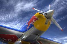 http://blog.ingeinnova.com/wp-content/uploads/2011/07/red-bull-air-race-1.jpg