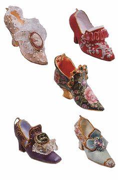 Chaussures du XVIIIè siècle