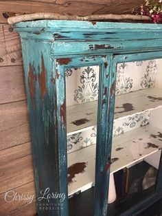 I have a Vintage Kitchen Cabinet paint Job that I want to save. and this might create my effect. Distressed Furniture, Funky Furniture, Refurbished Furniture, Shabby Chic Furniture, Furniture Projects, Rustic Furniture, Furniture Makeover, Painted Furniture, Rustic Dresser