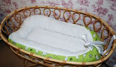 Unipesä villatäytteellä, muumikangas, Leonora