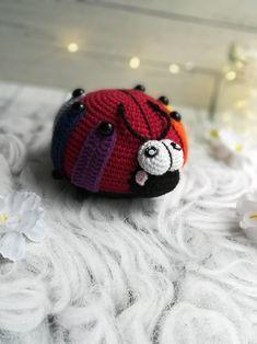 Amigurumi LADYBUG Crochet Pattern + coloring for child Crochet Animal Patterns, Crochet Doll Pattern, Crochet Patterns Amigurumi, Crochet Dolls, Knitting Patterns, Handmade Ideas, Handmade Crafts, Pattern Cute, Knitting Toys