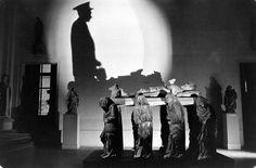Loomis Dean, Louvre At Night (Art-Sculptures), 1958