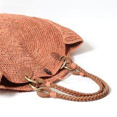 サンアルシデ(Sans Arcidet) カゴバッグ NOVA BAG M D1 (TERRACOTA)の通販サイト。送料無料!Parisのラフィアアイテム人気ブランド。数量限定のサンプル品やアウトレット品も。大人の女性の定番雑貨『セレクトショップ・tasutasu(タスタス)』