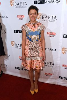 Tatiana Maslany wore a #COACH Fall 2016 printed dress to the BBC America #BAFTALA TV Tea Party. The Fashion Court (@TheFashionCourt) | Twitter
