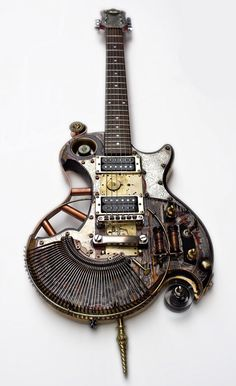 Une guitare SteamPunk sacrément classe. Retrouvez des cours de guitare d'un nouveau genre sur MyMusicTeacher.fr