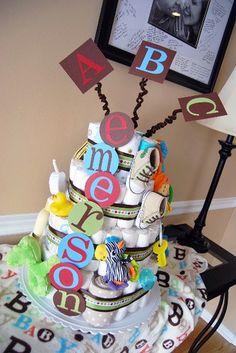 baby shower cake diaper