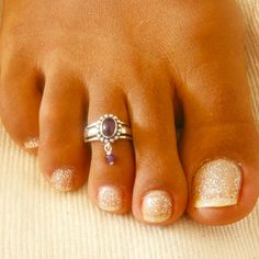 Hey, I found this really awesome Etsy listing at https://www.etsy.com/listing/241884118/toe-ring-silver-toe-ring-adjusable-toe