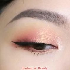 Soft Eye Makeup Trends 2019 Spring 2019 Makeup Trends – Spring and Summer Beauty Trends 2019 latest eye makeup 2019 Makeup Trends, Makeup Inspo, Beauty Trends, Eye Trends, Makeup Blog, Makeup Products, Beauty Make-up, Beauty Hacks, Fashion Beauty
