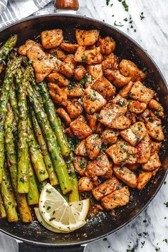 Garlic Butter Chicken Bites and Lemon Asparagus - - So much flavor and so easy to throw together, this chicken and asparagus recipe is a winner for dinnertime! - by recipes healthy clean eating Garlic Butter Chicken Bites with Lemon Asparagus Easy Healthy Dinners, Healthy Dinner Recipes, Healthy Snacks, Cooking Recipes, Keto Recipes, Healthy Sweets, Curry Recipes, Fish Recipes, Cooking Pasta