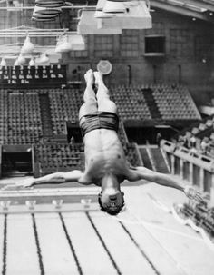 Sammy Lee glides from the top of the diving tower at the Empire Pool in Wembley, England during training for the 1948 Olympics. Olympic Team, Olympic Games, Olympic Diving, Diving Springboard, Asian American, Summer Dream, Team Usa, Summer Olympics, World Records