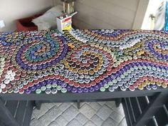Diy Bottle Cap Crafts 192669690281237215 - Bottle cap countertop from Mallory's Art Projects Source by krayhab Beer Cap Table, Bottle Cap Table, Bottle Cap Art, Bottle Top Crafts, Bottle Cap Projects, Diy Bottle, Beer Bottle, Diy Projects To Try, Art Projects
