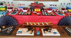Solange Alcantara decorou uma festa infantil de menino com um tema bem diferente: Festa infantil com tema oriental ninja: Lego Ninjago. Confira as fotos.