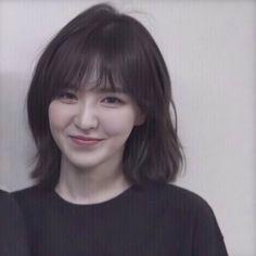 Snsd Yuri, Red Velvet Photoshoot, Red Valvet, Asian Short Hair, Wendy Red Velvet, Velvet Shorts, Seulgi, Ulzzang Girl, K Pop