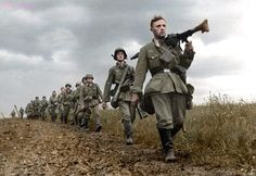 Wehrmacht during the west campaign 1940 German Soldiers Ww2, German Army, Pearl Harbor Attack, Germany And Italy, German Uniforms, War Dogs, Total War, Battle Of Britain, Military Photos