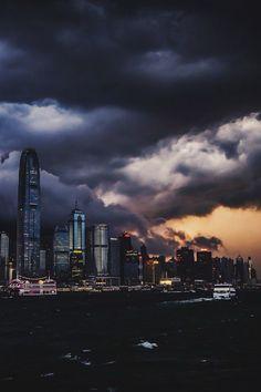 Stormy Skies (doncharleone) | instagram